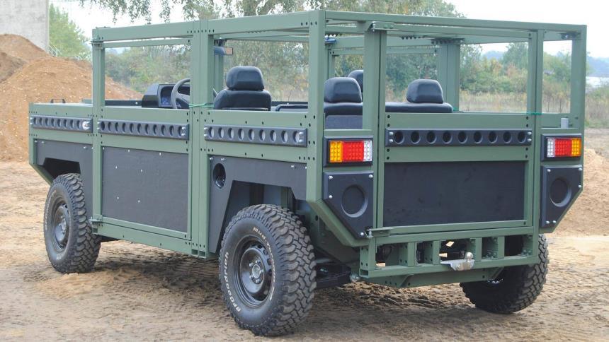 پارتیزان 1،خودرویی با خدمات 100 ساله/// شاسی بلند ساده و کاربردی نظامی