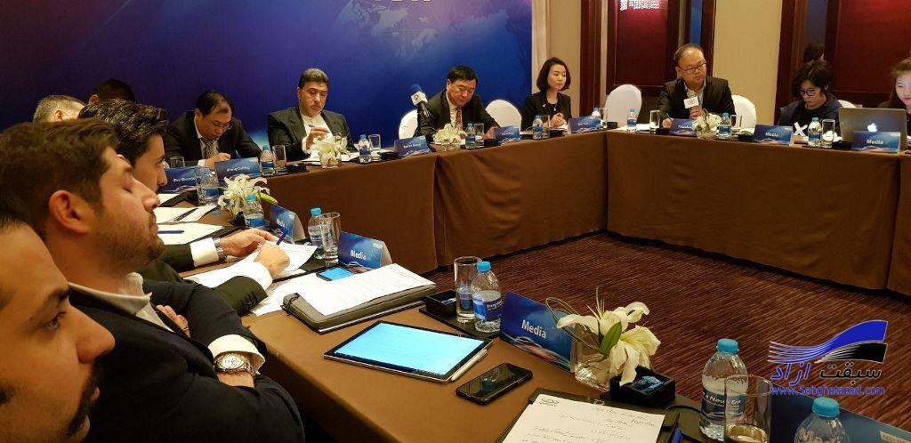 نشست خبری چری و مدیران خودرو در پکن