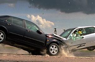 10 کار مهم بعد از تصادف