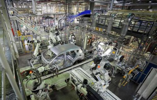 کمبود قطعه از مهمترین مشکلات صنعت خودروسازی است