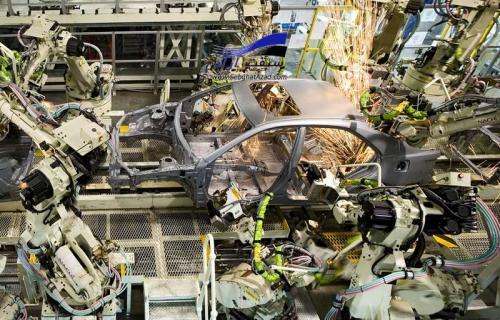 بیکاری، تاکتیک همیشگی خودروسازان برای گرانی خودرو