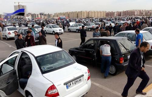 قیمت خودرو در بازار همچنان صعودی! / محصولات ثبت نامی چه زمانی تحویل داده میشوند؟