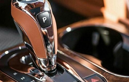 آموزش ساده رانندگی با خودروی دنده اتوماتیک
