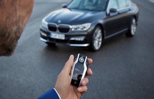 با موبایلتان bmw را روشن کنید حذف کلیدهای سنتی از چرخه محصولات بیامو